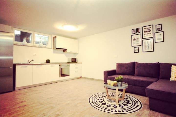 App Rene Koper - Prade - Apartamento