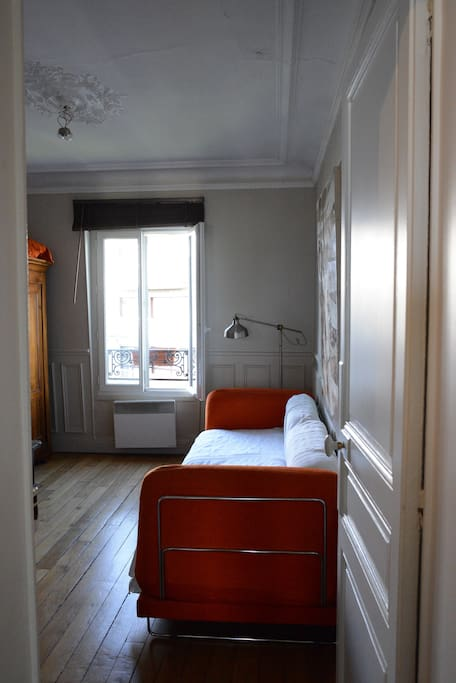 room N°2 , which can be use as a leaving room or as a bedroom for 8 people in the apartment(sofa bed that can be open or closed)