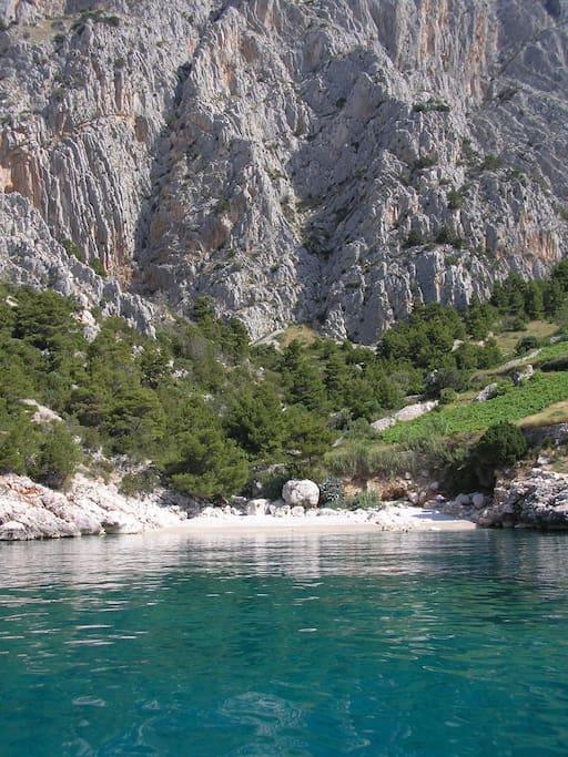 The Lucisce beach close to villa