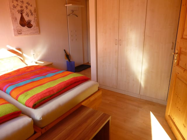 ALÉNA. Included : 3 bikes, WiFi + cable for PC, TV - Schwangau - Pension