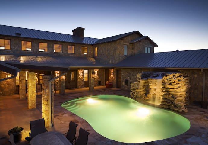 Texas Luxury Ranch Estate