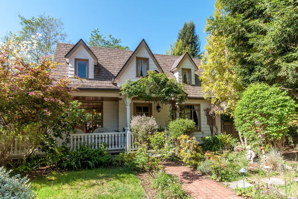 Victorian cottage mill valley ca houses for rent in for Homes in mill valley ca