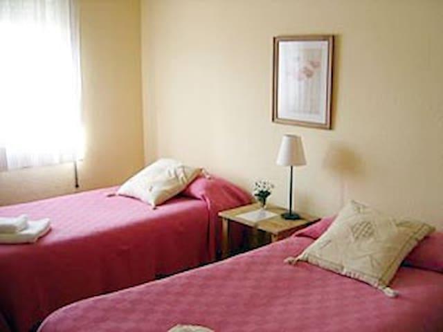 habitacion para una o dos personas - Valdilecha - Huis