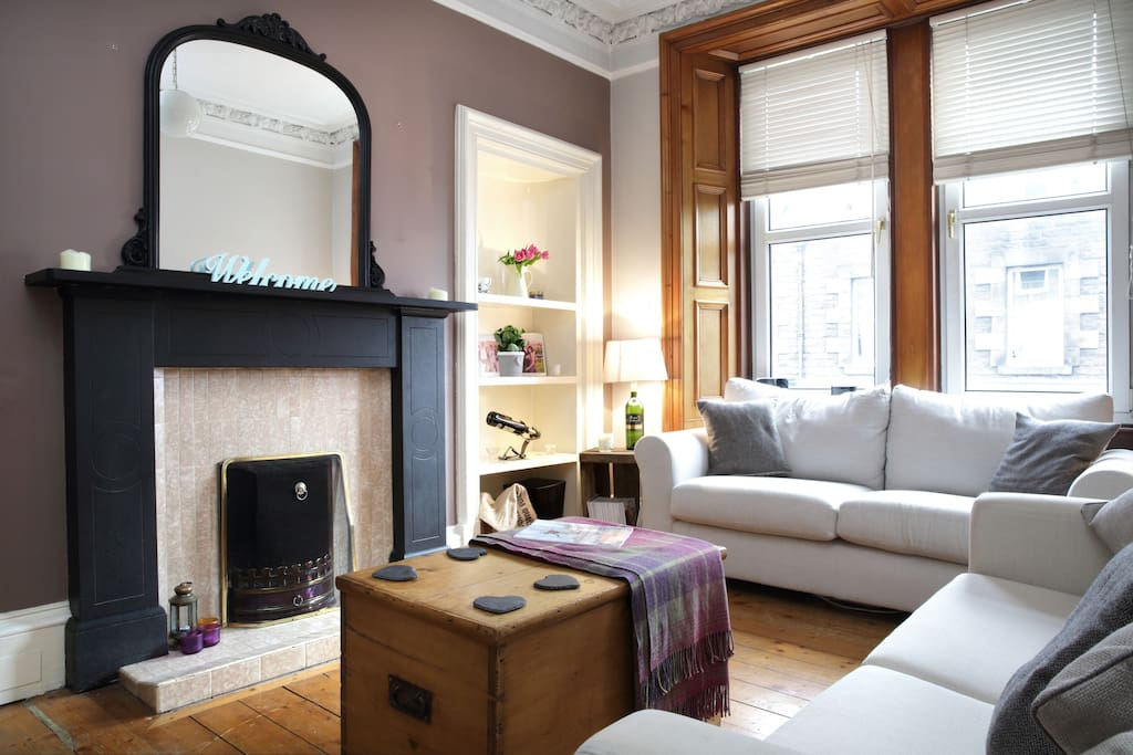 edinburgh living room homely traditional edinburgh flat apartments for rent 11445