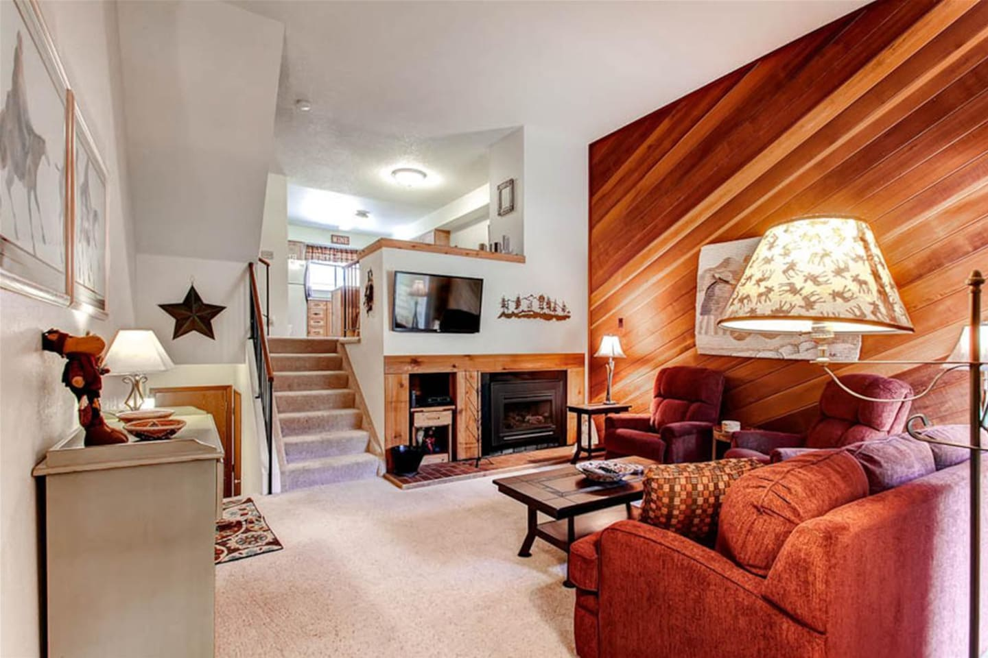Winterpoint is one of our most popular condos in the Four O'Clock area in Breckenridge close to both Peak 8 and 9