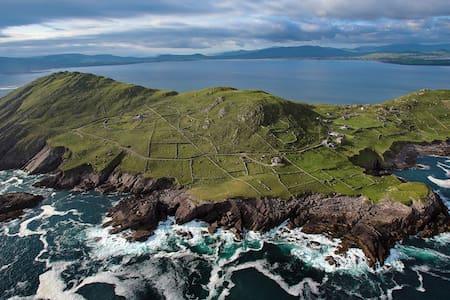 A spectacular Irish experience - Ballinskelligs