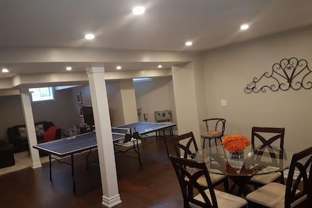Gorgeous new bright basement apartment - Oakville