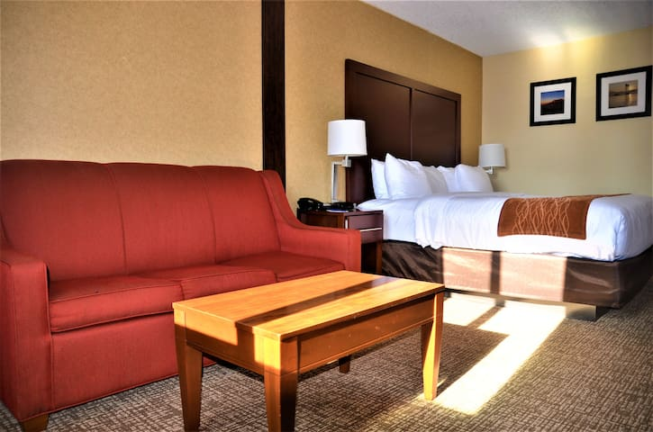 Happy to have you- Comfort Inn & Suites Vancouver