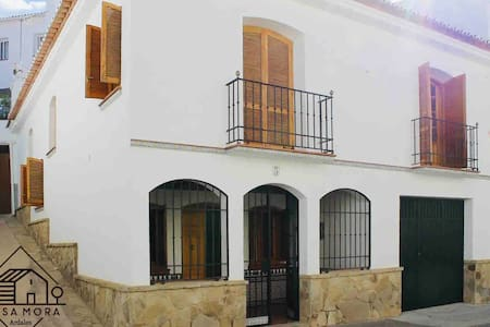 Casa Mora + Caminito del Rey (Ardales, Málaga)