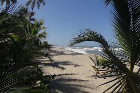 Casa en la playa del mar caribe. - Santa Marta (distrito turístico, cultural e histórico)