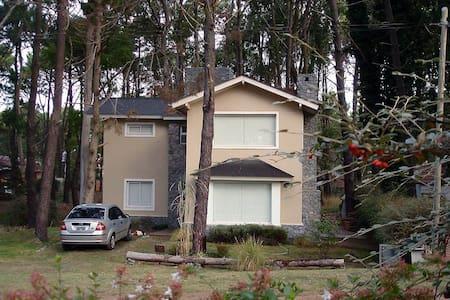 Casa en Bosque de Valeria Del Mar - Valeria del Mar - Dům
