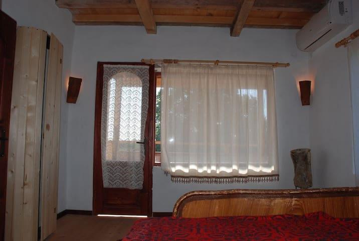 Kamen bryag - Doppelbet, WC/Dusche, Terasse (Jujna - Kamen Bryag - Apartment