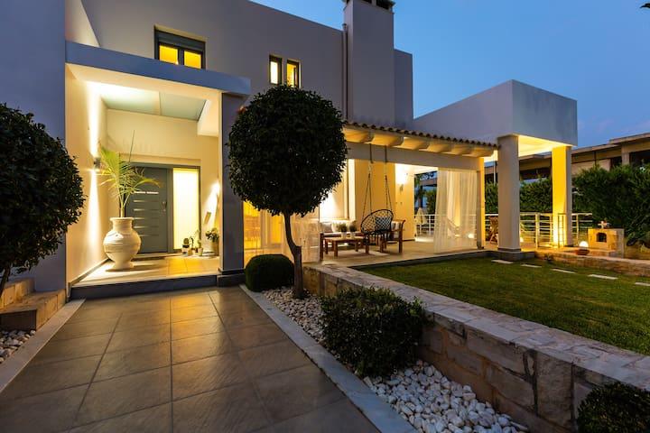 Villa Inn, impeccable location!