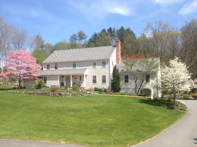 Wonderful Colonial in historic Sudbury MA - Sudbury - Huis