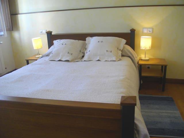 Habitación doble de matrimonio - Ferreira de Pantón - Bed & Breakfast