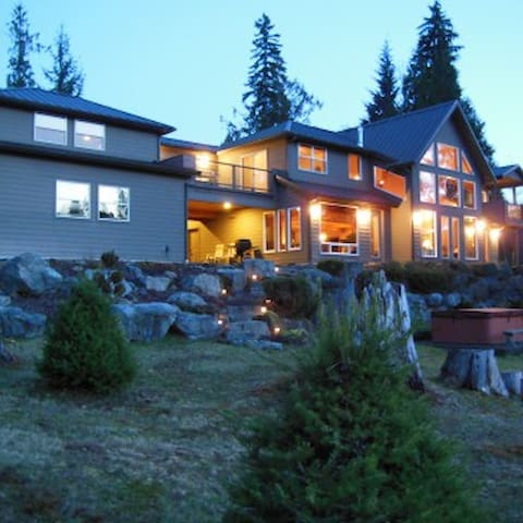 Gilbert's River Retreat - Packwood - House