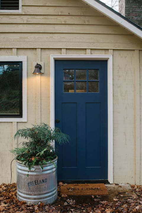 Cozy Guest Home in Downtown White Salmon