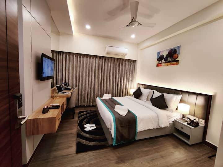 PARK IRIS HOTELS, Bharathi Nagar