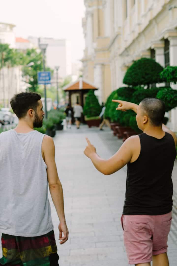 Walking trough the streets of Saigon