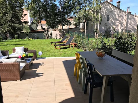 New 3 room with big garden,  pool & 300m to beach!
