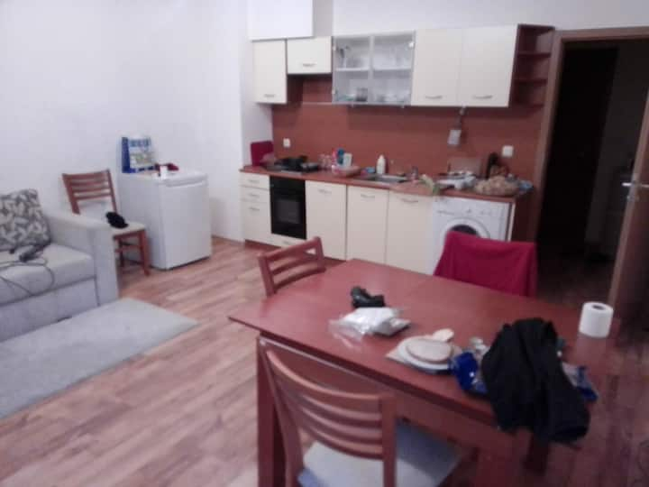 BEST 1 private room in Shared House NEAR METRO