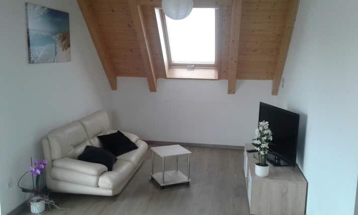 Stylische & Ruhige 3 Zimmer Dachgeschosswohnung