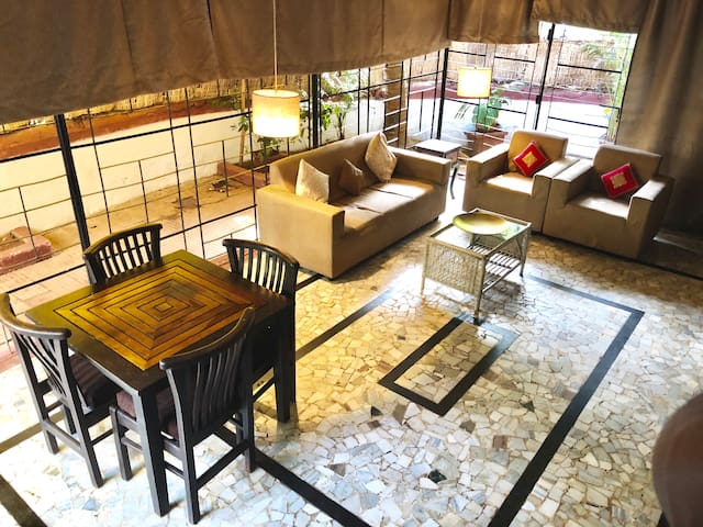 Unique Garden Cottage- SPACIOUS 2 BHK Apt