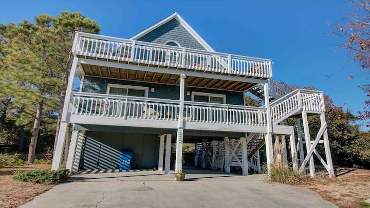 Beach Runner 4 Bedroom Home in Duck W/ Private Pool! Hot Tub Coming 2021!