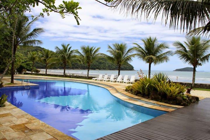 Casa Praia da Baleia alto padrão - São Sebastião - Dům