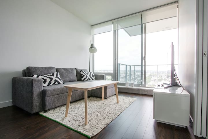 Cozy 1 Bedroom unit with Open View sleeps 2 - 4