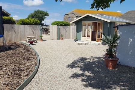 Private Stunning Retreat & Hot tub Nr Porthcurno - Saint Buryan