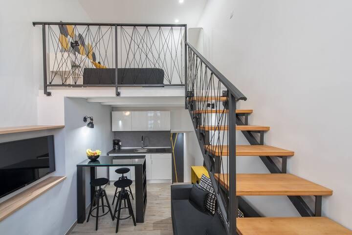 DeLuxe Gladiators House - Apartment 4