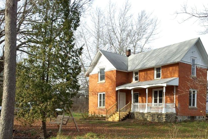 Cedar Creek Guesthouse.
