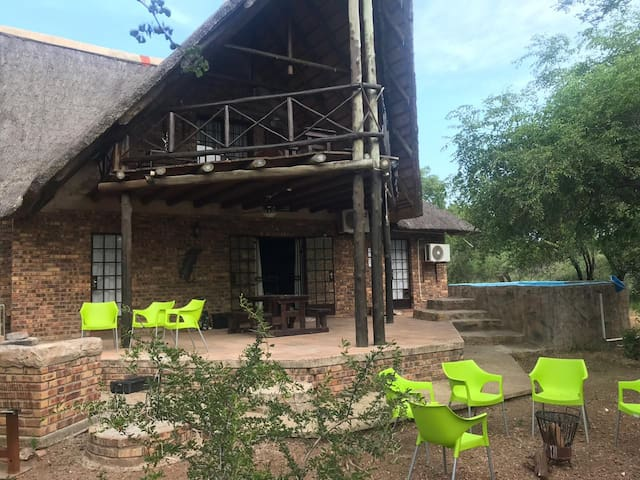 Mopani Manor (self catering)