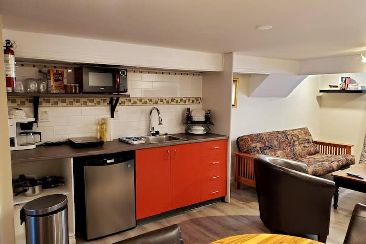 Convenient & Perfect for a Work Stay in London ON