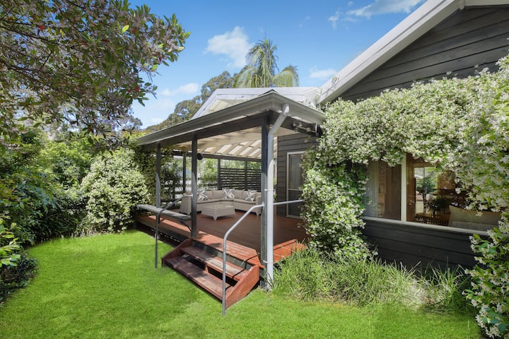 Green Cottage - 350m level walk to Pearl Beach