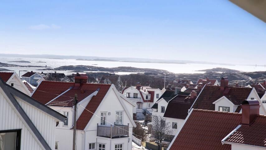 Hus med havsutsikt i Kungshamn !
