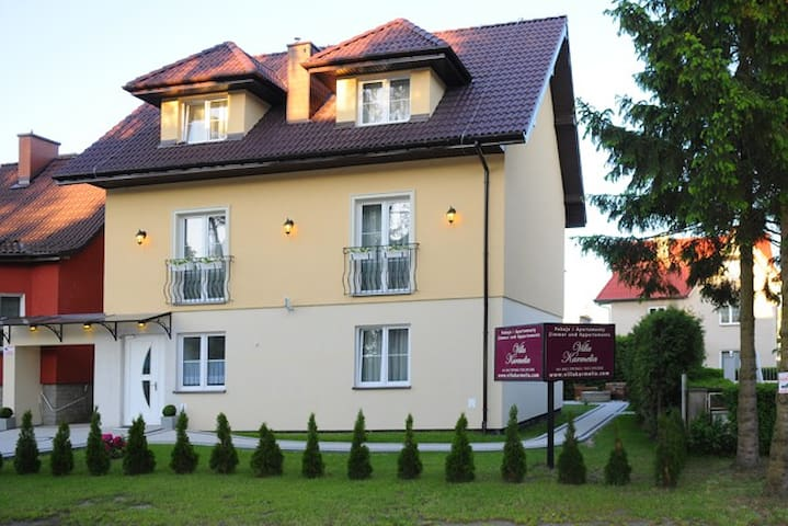Doppelzimmer in Strandnähe - Darłowo - Szoba reggelivel