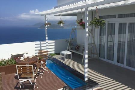 The 360° ocean view Sky Villa