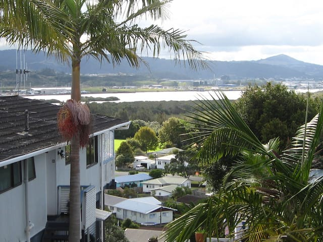 Self contained studio unit - Whangarei - Bed & Breakfast