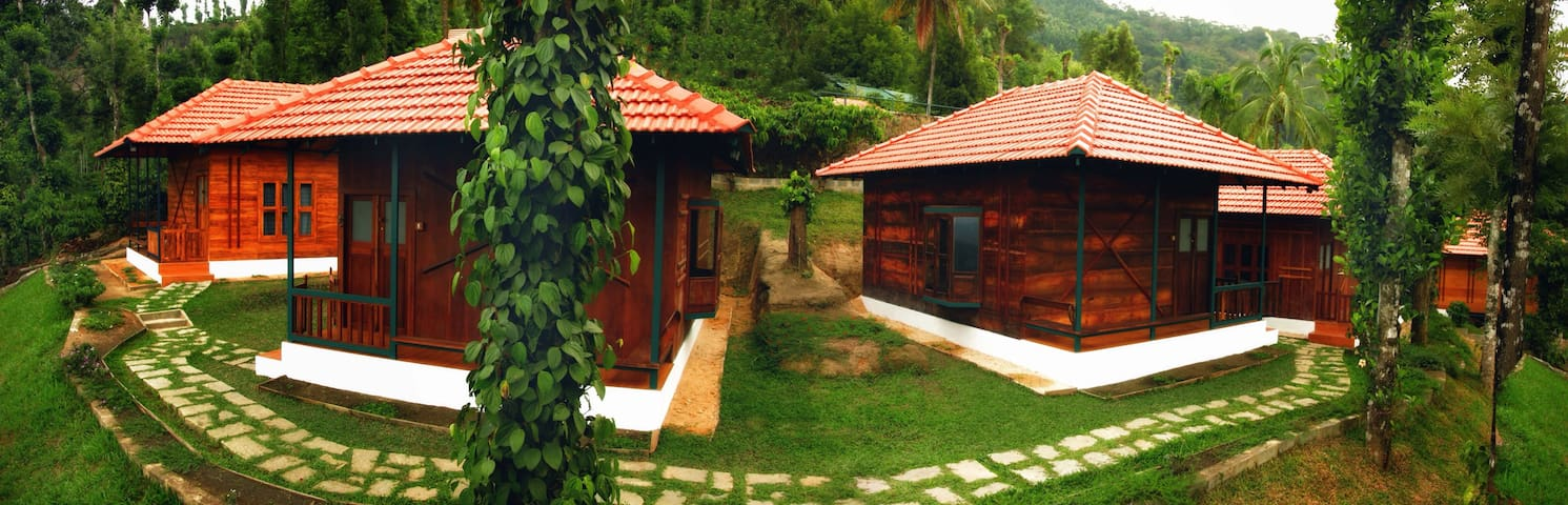 wooden cottages - Wayanad - Cabana