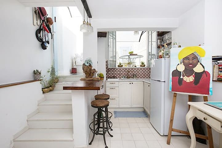 Artist apartment in Jaffa