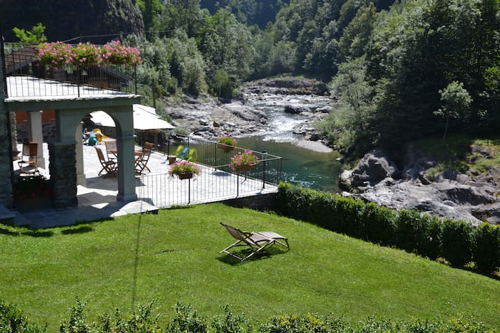 La casa sul torrente - Bocciolaro - Bed & Breakfast