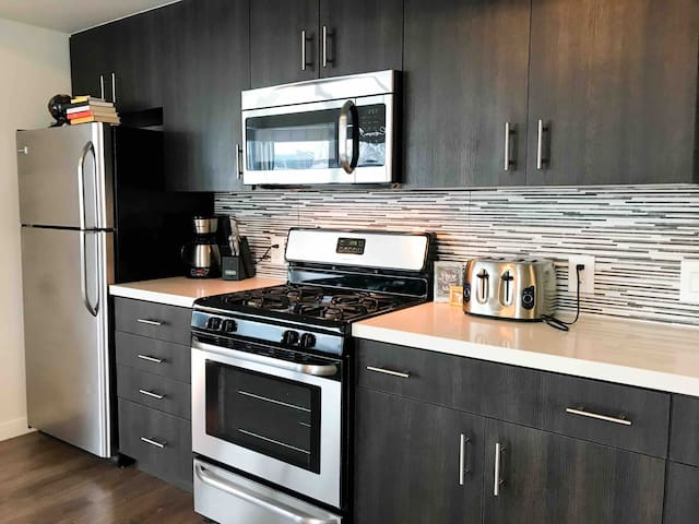 Gorgeous DTLA 2bed/2bath