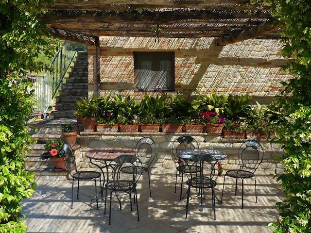 Agri Bio La Casa degli Gnomi 3 - Ortezzano - House