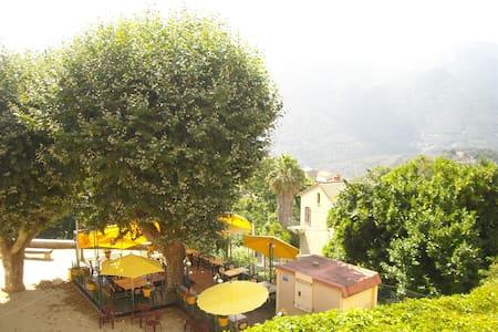 """Meublé 1 - """"Chez Dume"""" - Corse du Sud - Sainte-Lucie-de-Tallano - Apartment"""
