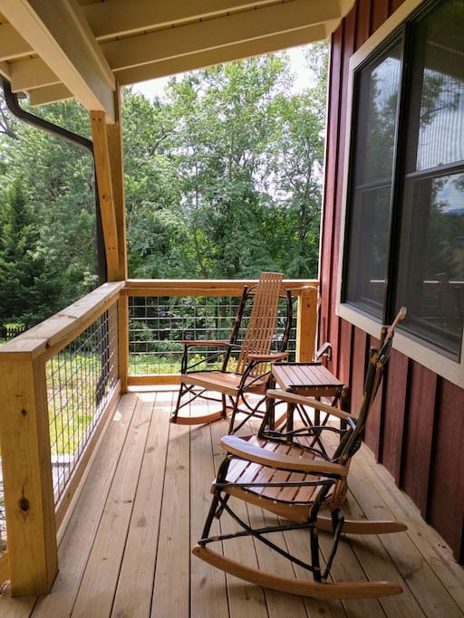 Bob 39 S Urban Barn 2br Top Floor Suite 2 3 Or 4 Guest Suites For Rent In Asheville North