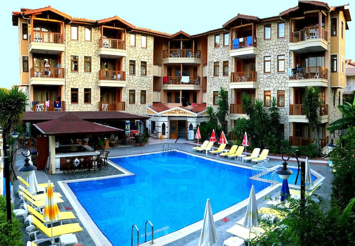 Nar Apart Hotel Side