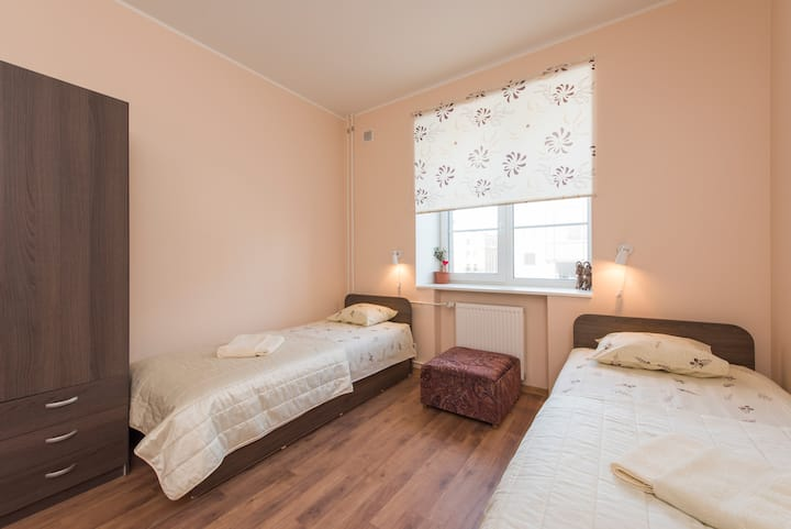 Central 1-Bedroom close to Old Town ★ Free Parking