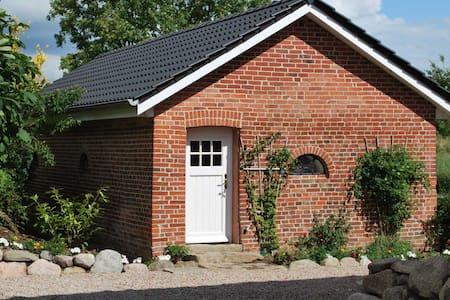 Ferienhaus Cottage auf Hof Rüsch - Süsel - Haus